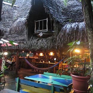 casa perico rio dulce guatemala